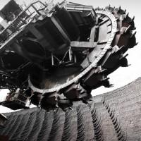 Карьерный экскаватор на Березовском угольном разрезе